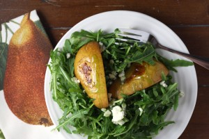 Cinnamon Roasted Pears over Arugula with Blue Cheese and Balsamic Glaze ~ www.ElephantEats.com