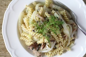 Light Lemony Tuna Pasta with Fennel, Capers, and Olives ~ ElephantEats.com